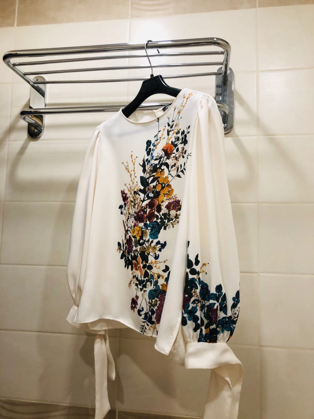 Блузка ZARA. Размер S-M.