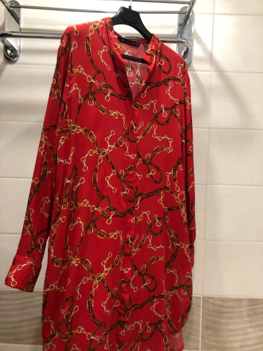 Платье Zara . Размер M-L.