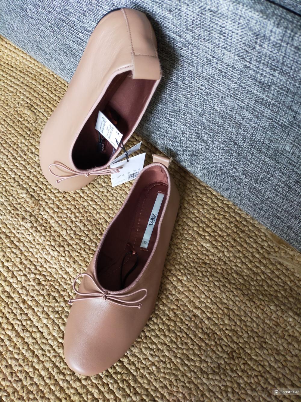 Кожаные балетки Zara размер 37