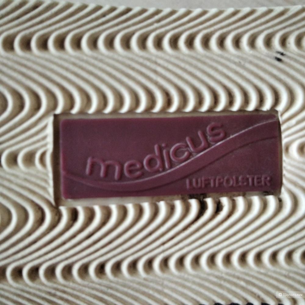 Кроссовки MEDICUS,размер 37