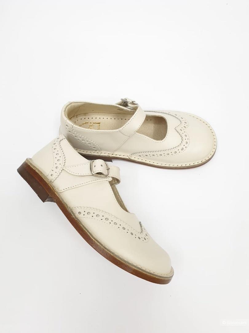 Кожаные туфельки Eureka размер 28
