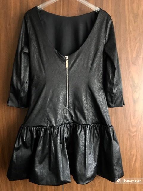 Платье Mangano. IT 42 (42-44 RU)