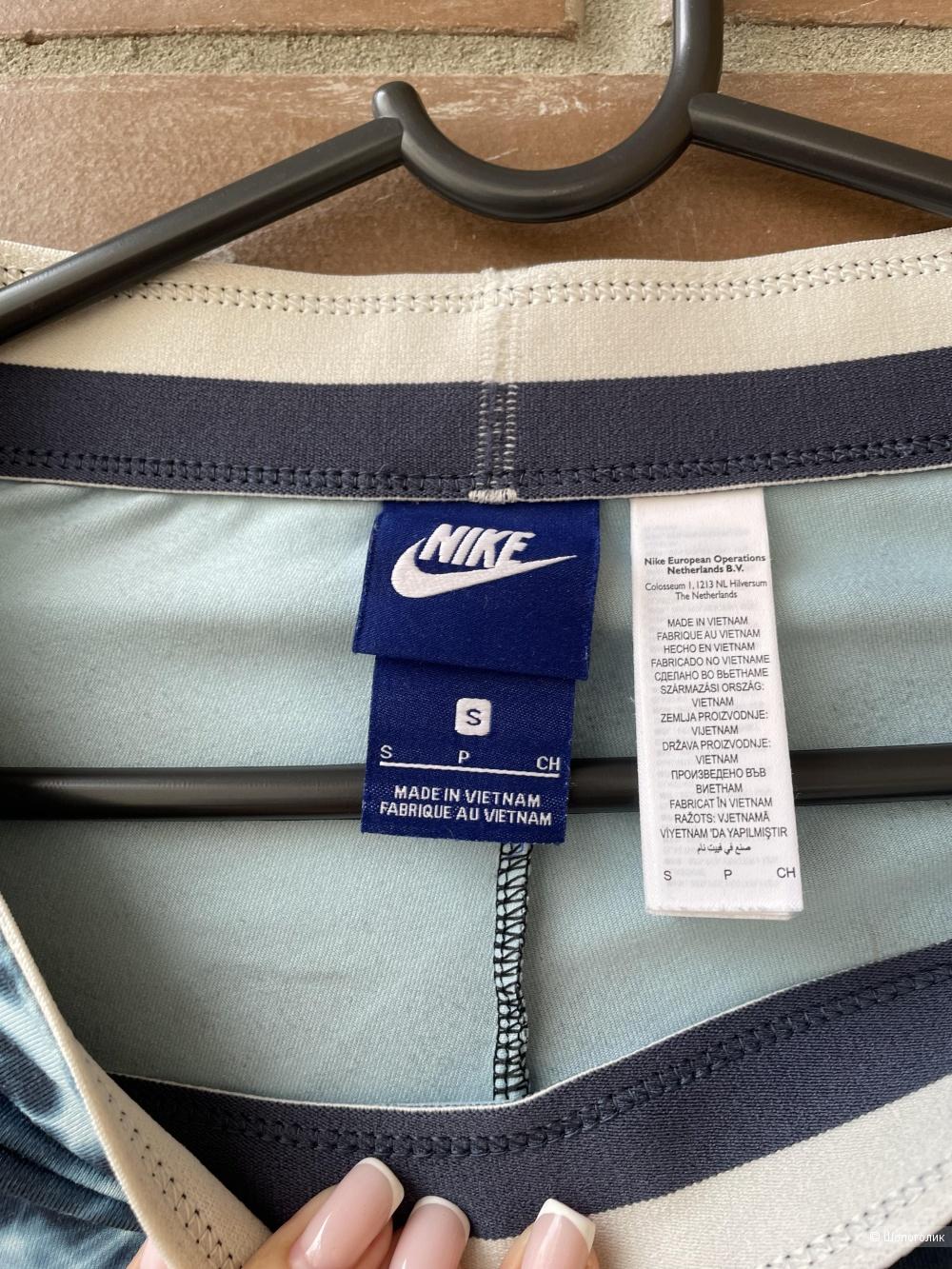 Леггинсы Nike, S