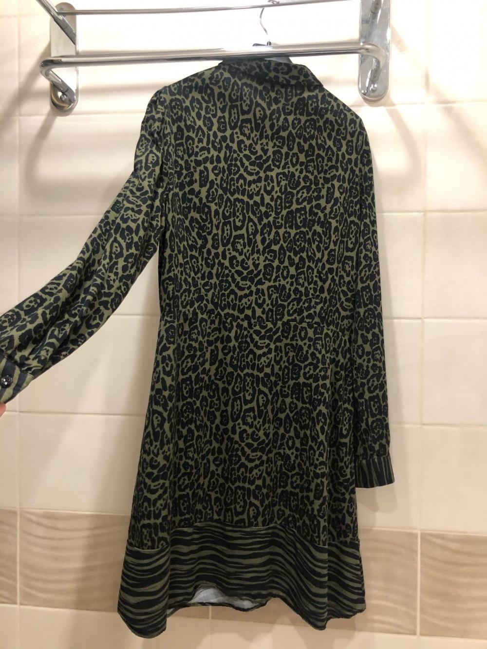 Платье Warehouse.Размер S-M.