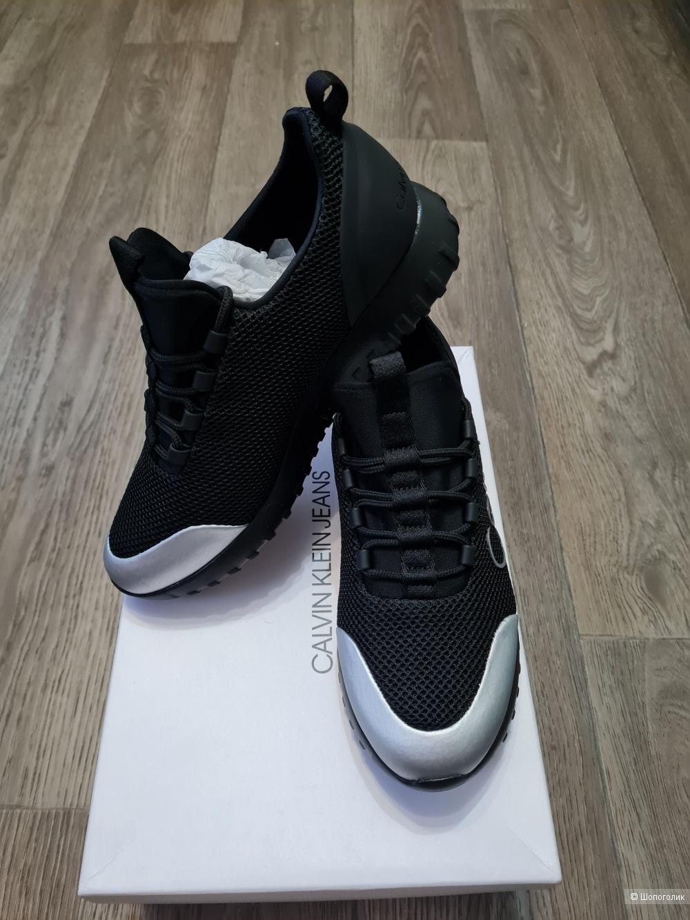 Женские кроссовки Calvin Klein Jeans 39 eur (38)