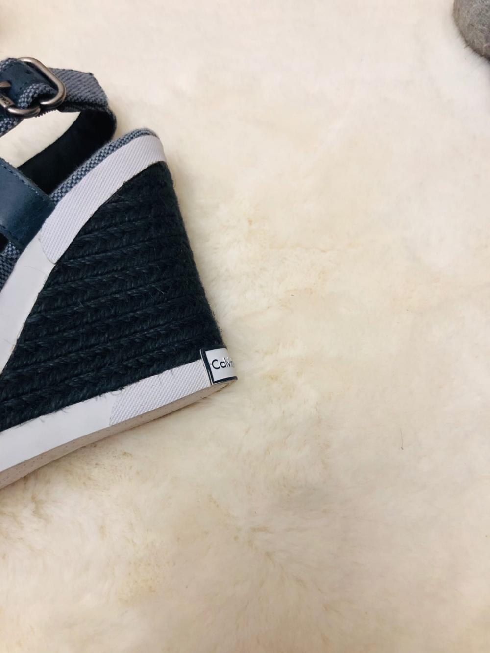 Босоножки Calvin Klein.Размер 35-36.