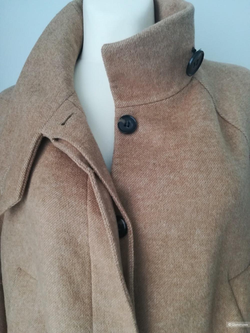 Пальто Zara,42/48