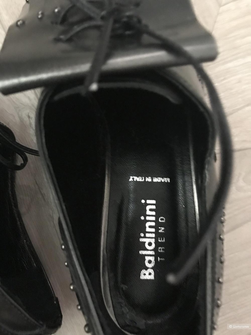 Ботинки Baldinini 40 р