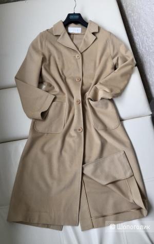 Genny пальто M