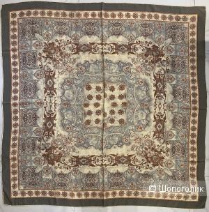 Большой шёлковый платок 106*106 см  Piramit Saf ipek- Silk