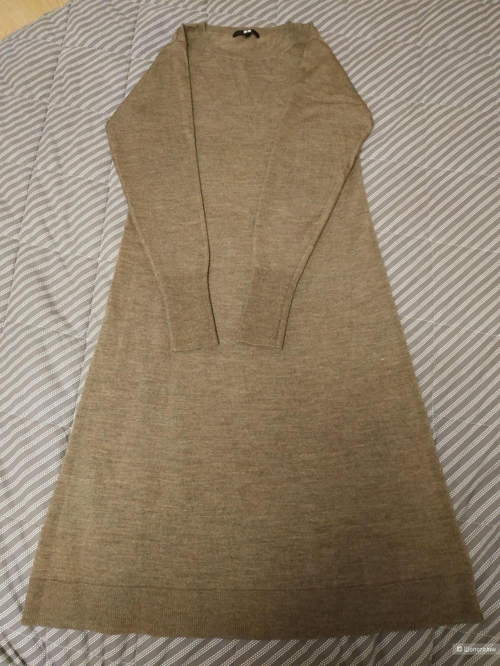 Вязаное платье Uniqlo XS