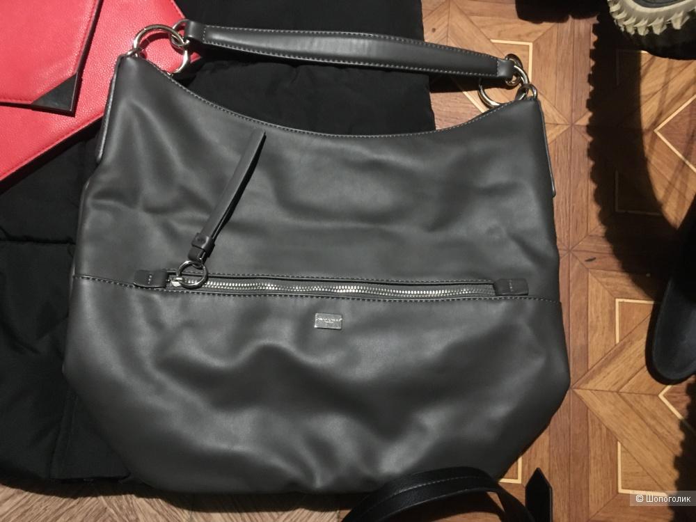 Пуховик и сумки one size