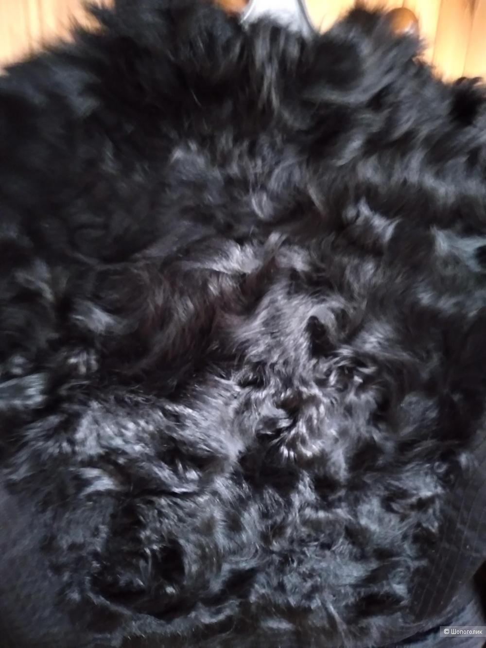 Пальто-фрак с нат мехом козлика, 44-46р рус, ноу нейм