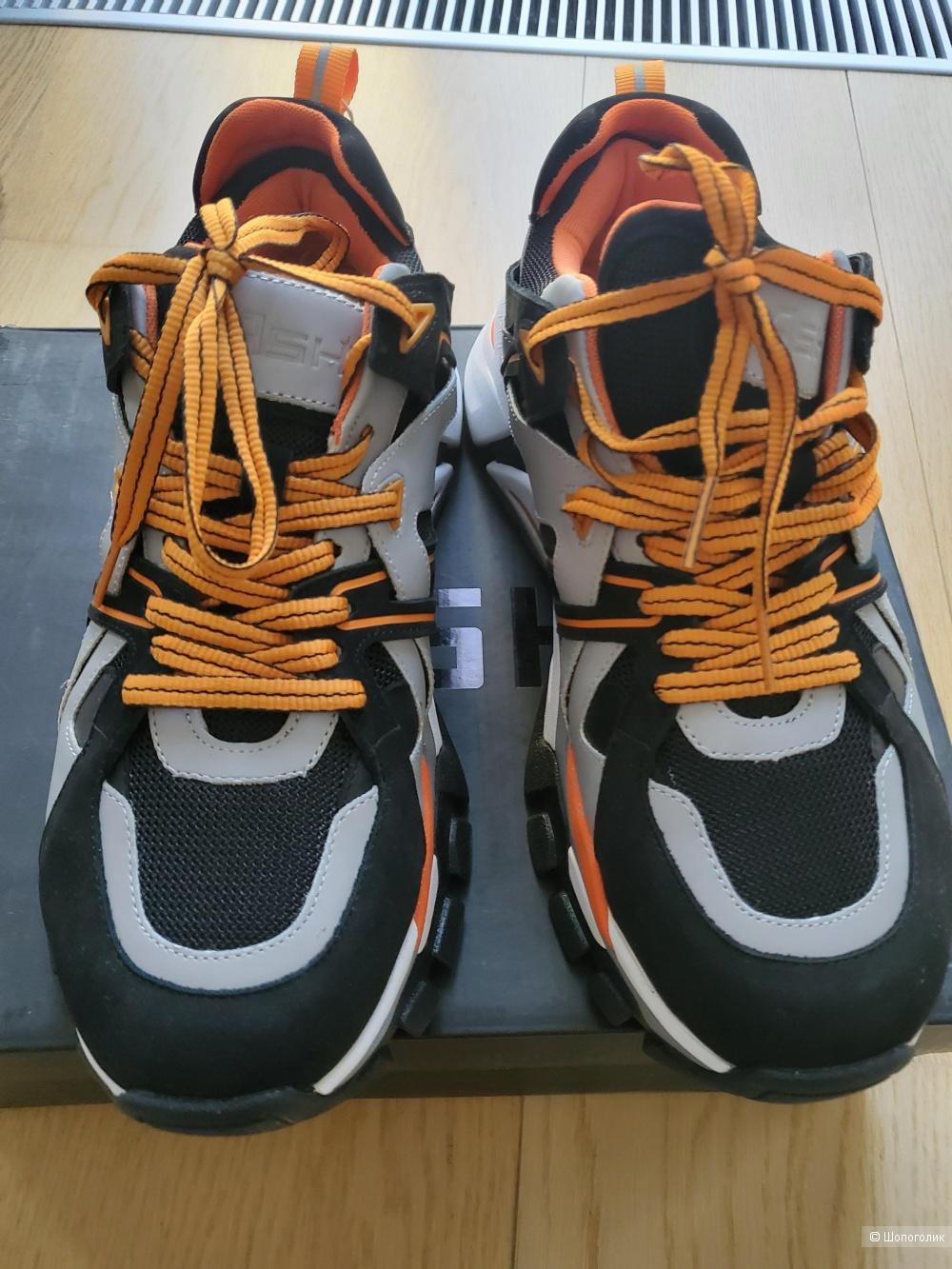 Мужские кроссовки р 42 ASH