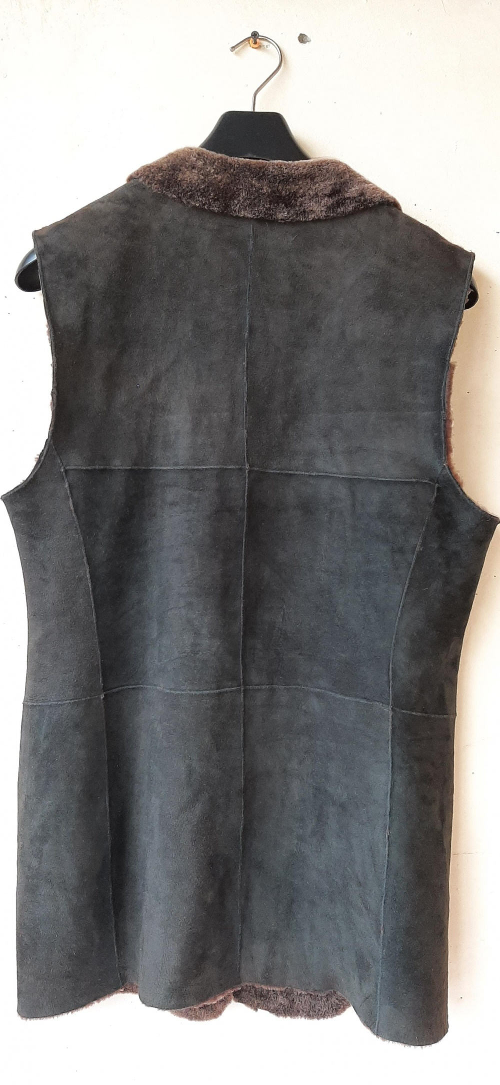 Дубленый коричневый  жилет Rene Lezard,  евр.38 на 44-46