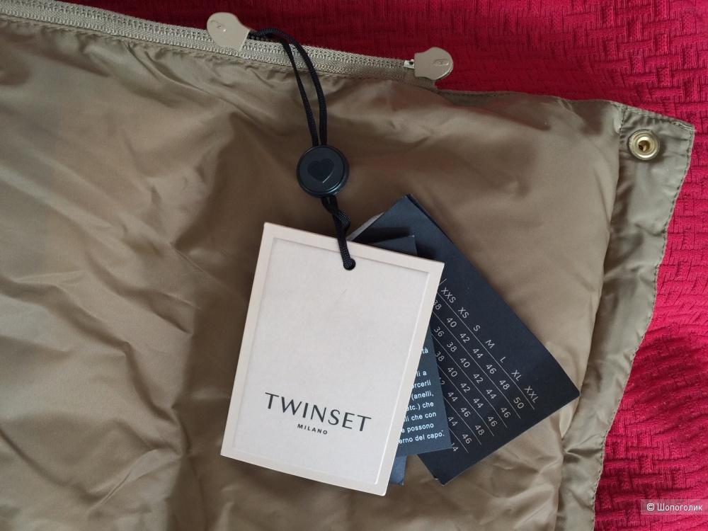 Пуховик Twinset  44-46 размер