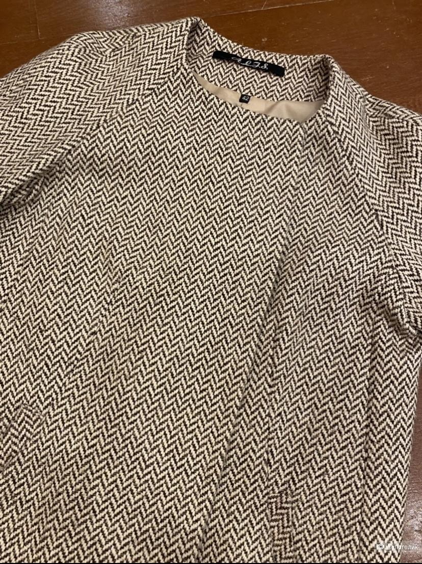 Шерстяное пальто ALGS 42 размер