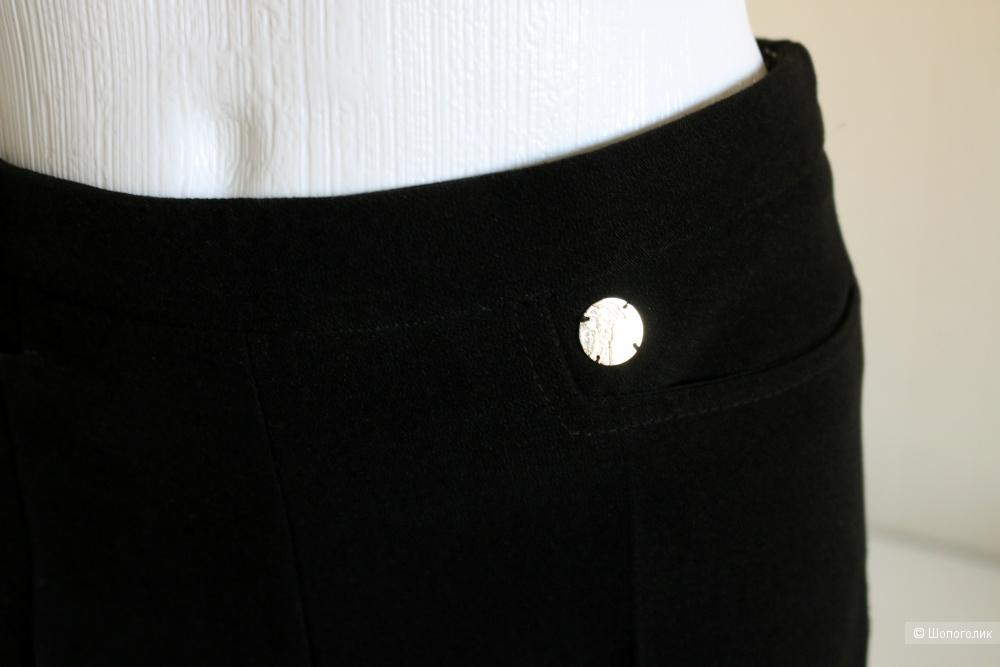 Брюки Versace размер 44
