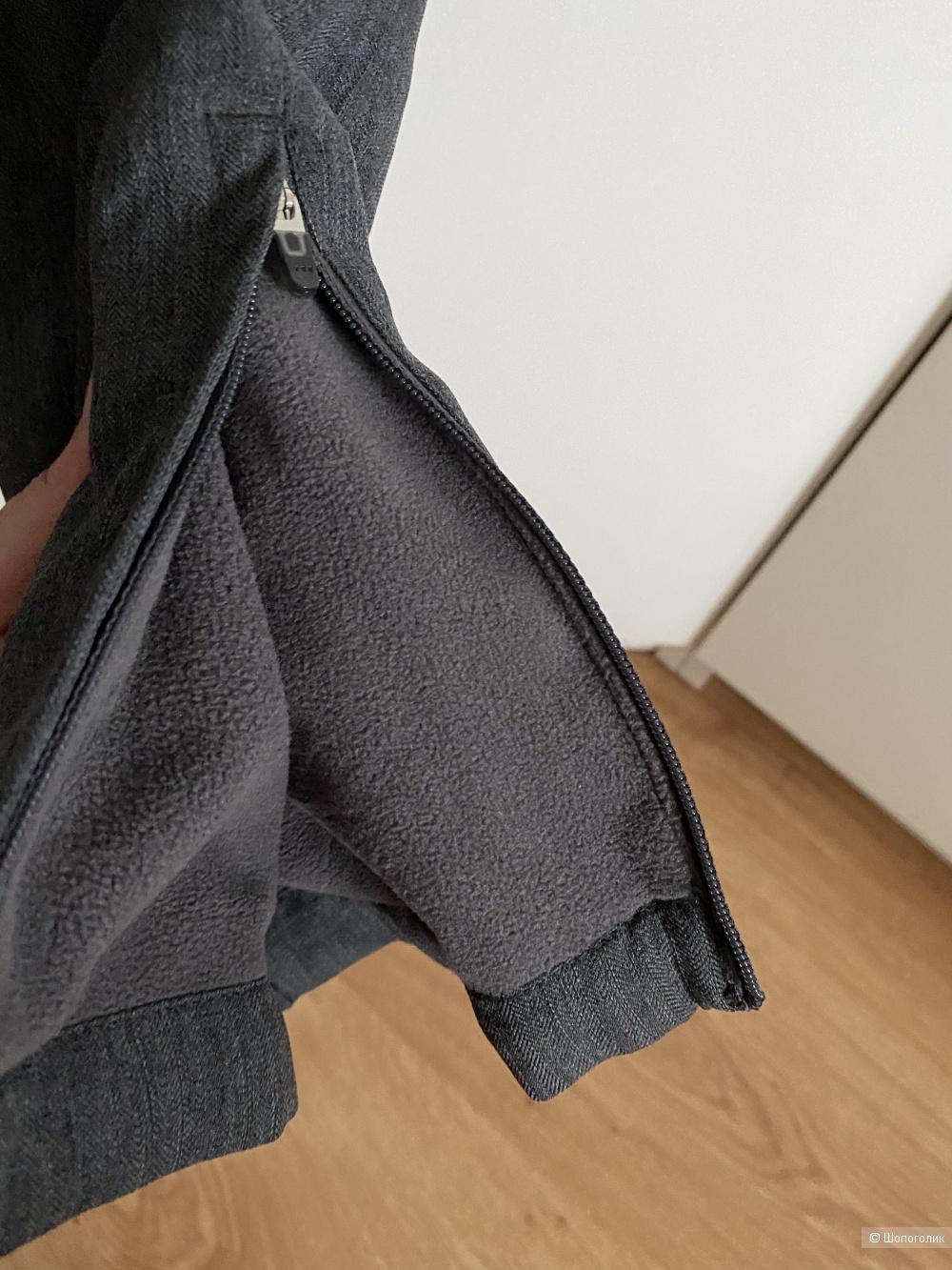 Ветрозащитные брюки Юникло, размер S