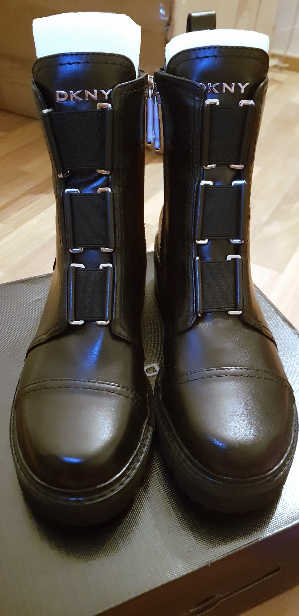 Ботинки DKNY 39EU