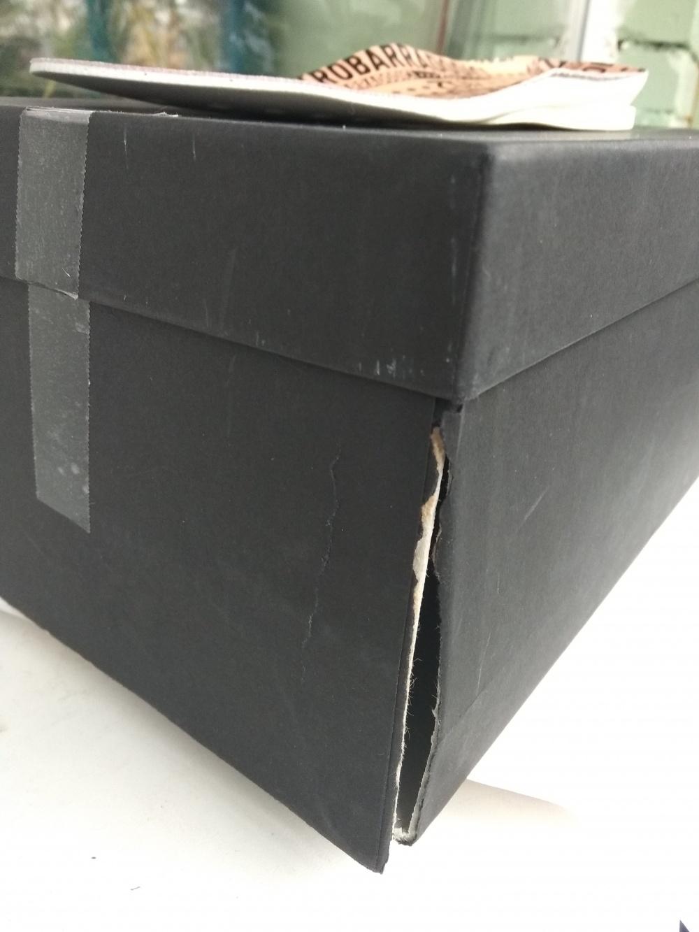 Кроссовки  QUATTROBARRADODICI  р.41 EU (41,5 рос) большемерят