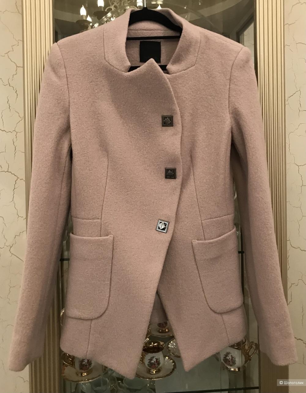 Пальто - пиджак Pinko, р 44it