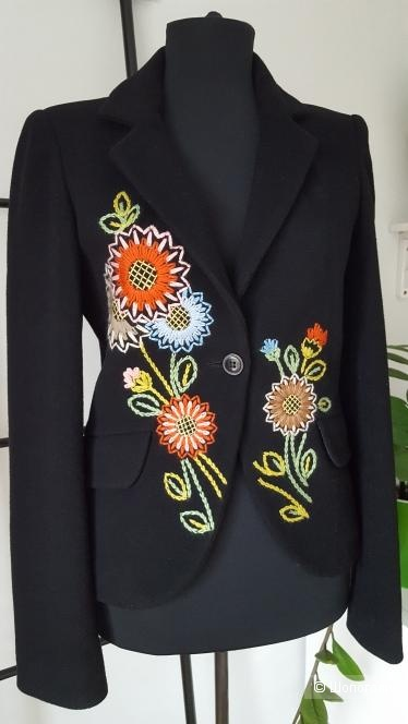 Пиджак Naf Naf. размер 44+-.