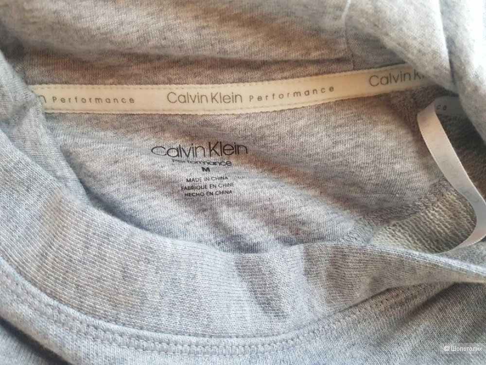 Худи Calvin Klein размер M (US)