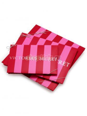 b8909c5d96539 Подарочная упаковка на сайте Victoria's Secret. Gift Wrap  http://www.victoriassecret.com/Custo...vices/GiftWrap