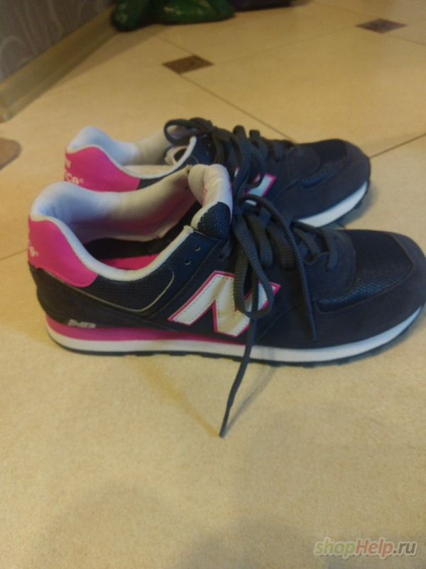 Продам абсолютно новые кроссовки New Balance 574. Темно-синий цвет с  розовыми вставками. Причина продажи - не подошел размер. По стельке длина  29 см. 170136ace67