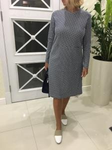 e7c0f92043d388d Случайно в предпоследнюю акцию наткнулась на это платье. На момент покупки  было во всех размерах. Платье скромненькое, но мне оно очень понравилось.