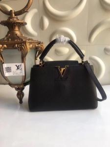 25554e9344bc Сумки Луи Виттон, кожа, лого все один-в-один, 300 юаней. Прод сумок Прада