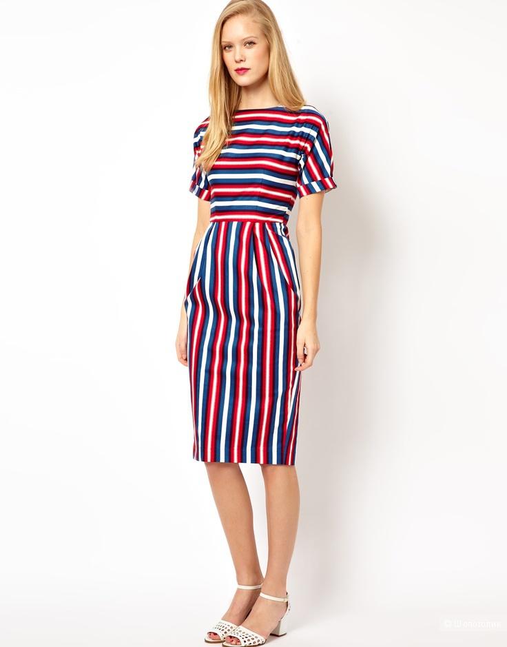 Платье в полоску цветную
