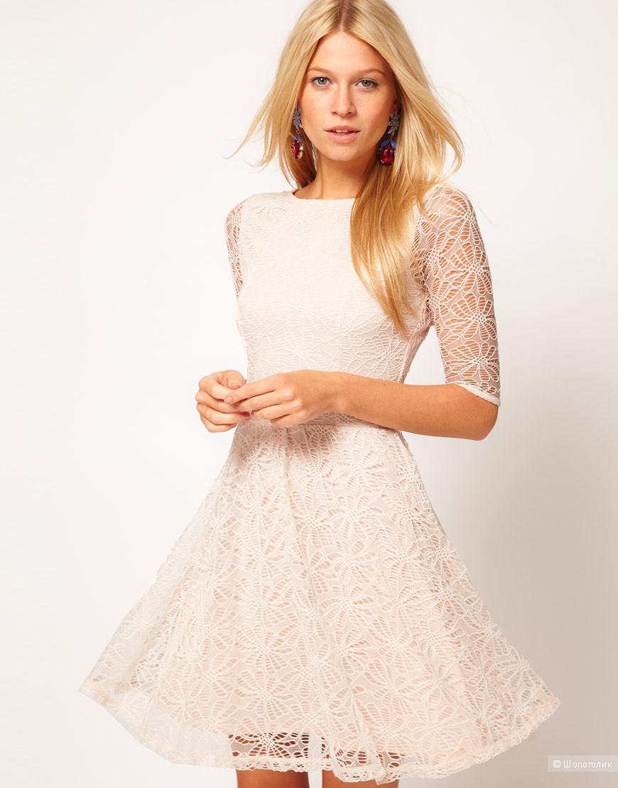 Кремовое короткое платье