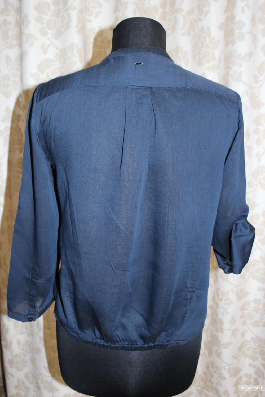Блузка с воротником стойкой в Волгограде