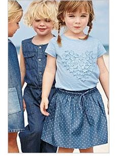 Синие оттенки джинсовой одежды для девочек от NEXT