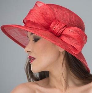 Мир шляп: что модного выбрать для себя?