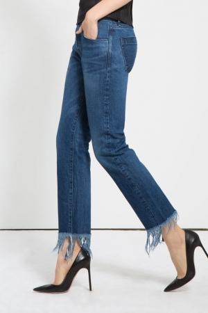 Простое дополнение к любимым джинсам: бахрома