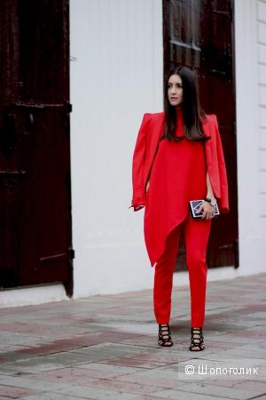 Геометрия в одежде: весенние образы с асимметрией